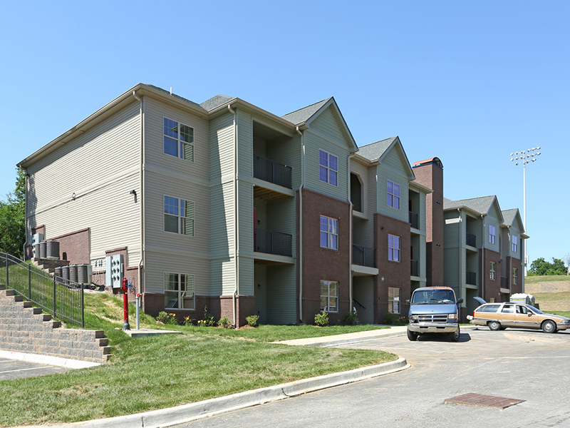 Academy Park Apartments in New Albany, IN