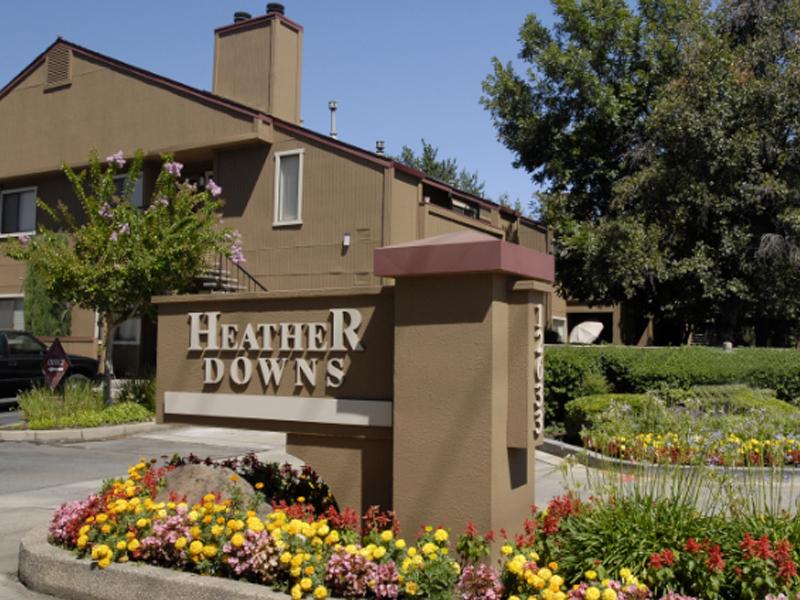 Heather Downs Apartments in Davis, CA