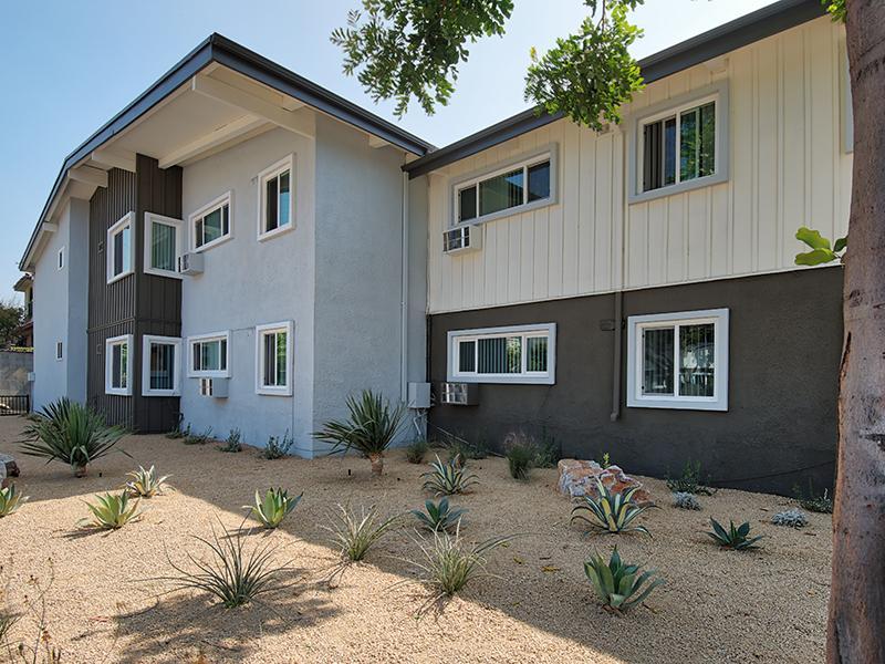 Luxe at Burbank Apartments in Davis, CA