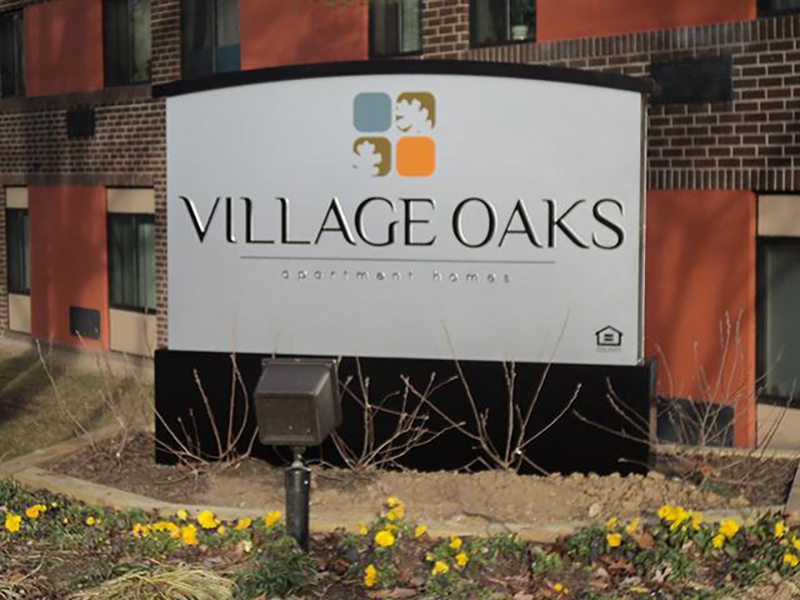 Village Oaks Apartments in Gaithersburg, MD