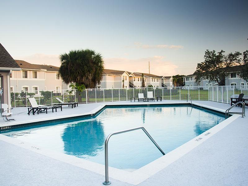 Phoenix Apartments in Jacksonville, FL