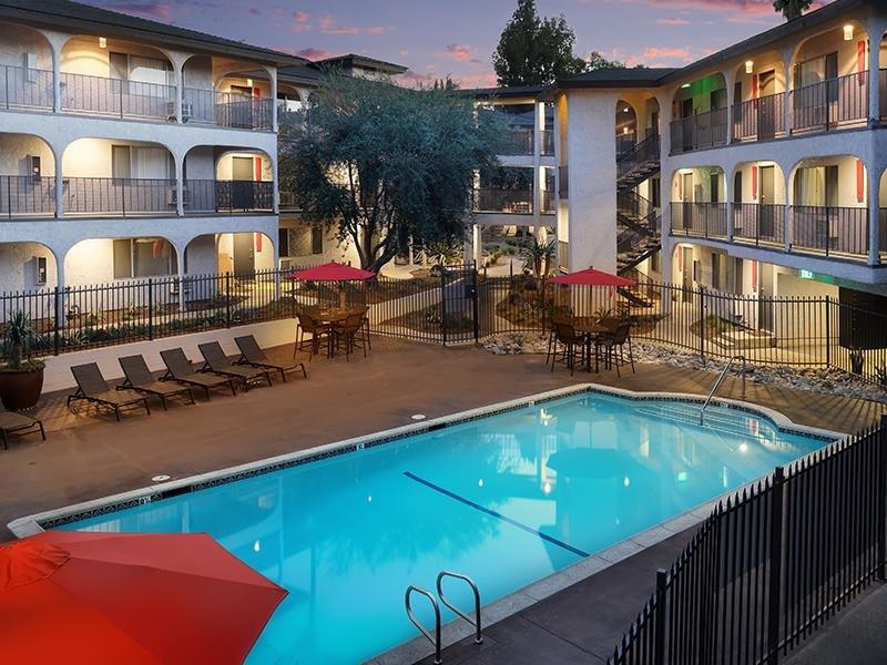 Luxe 1801 Apartments in Davis, CA