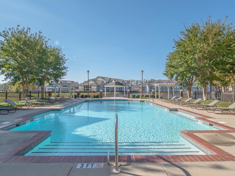 The Lakes at Town Center Apartments in Hampton, VA