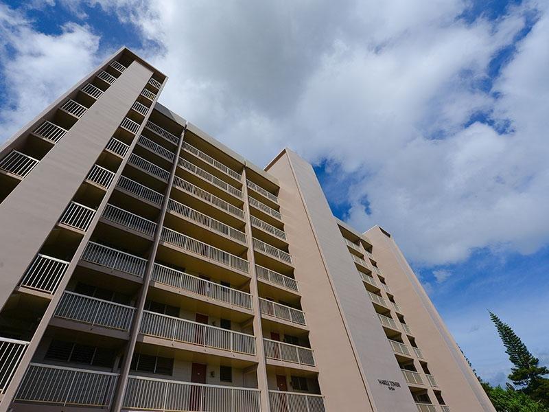 Waikele Towers Apartments in Waipahu, HI