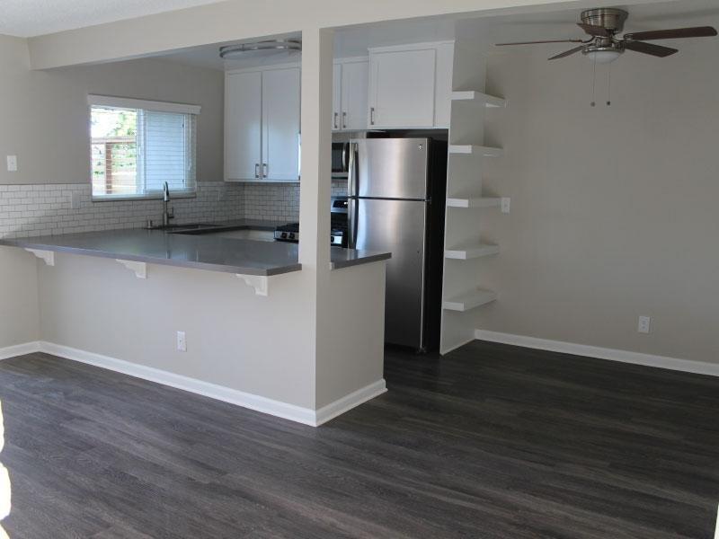 Villas at Anaheim Hills Apartments in Davis, CA