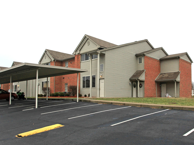 Lakeview Apartments in New Albany, IN