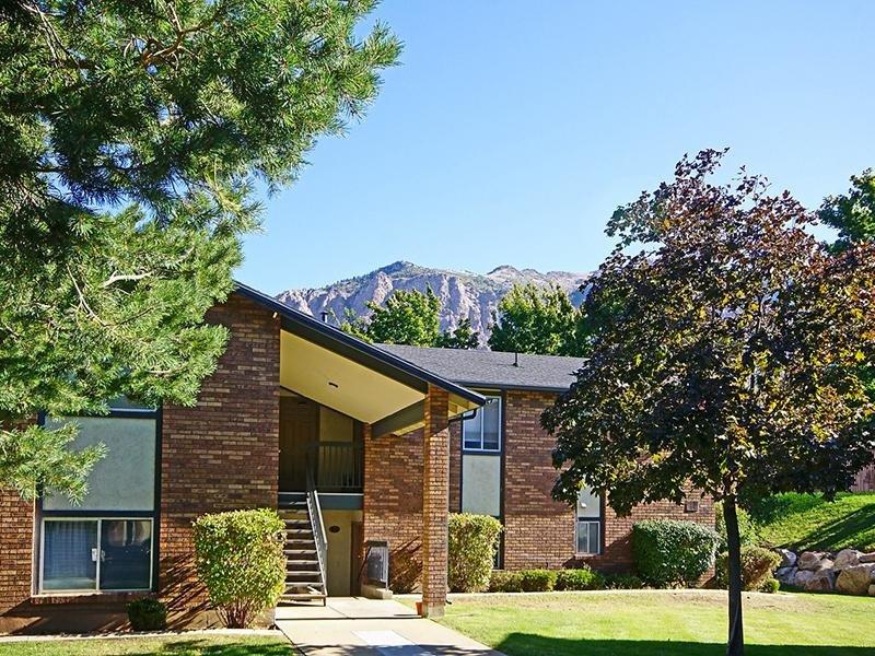 Mountain Ridge Manor Apartments in Sugar House, UT