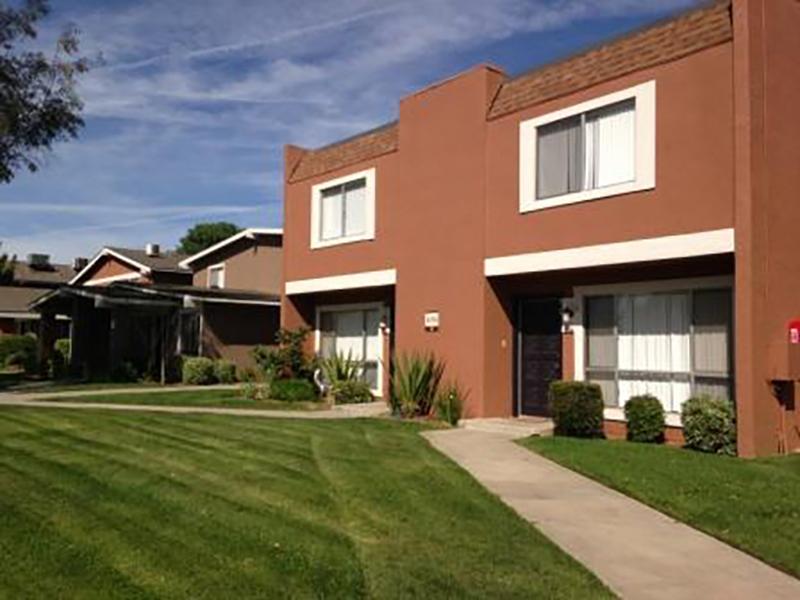 Autumn Glen Apartments in Davis, CA